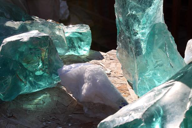Blocs de verre vendus à la pesée